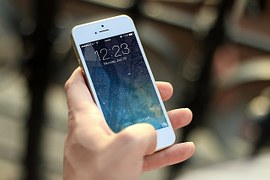 3d printing - holding phone